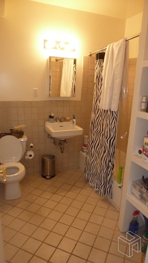 435 East 6th Street 2r, East Village, NYC, 10009, Price Not Disclosed, Rented Property, Halstead Real Estate, Photo 3