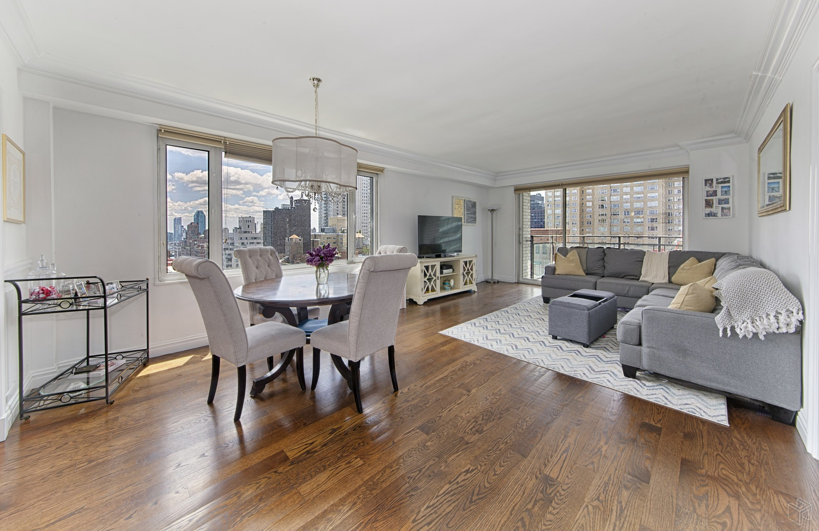 303 East 57th Street 20b, Midtown East, NYC, 10022, $750,000, Sold Property, Halstead Real Estate, Photo 1