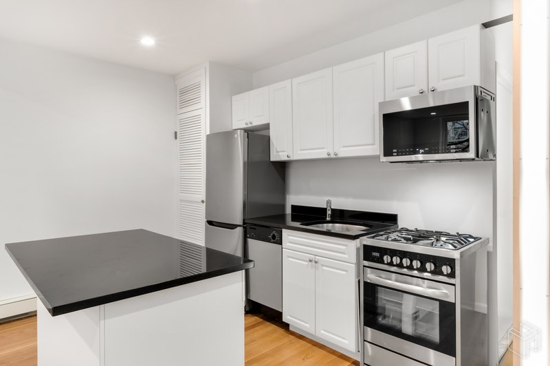 509 East 6th Street 2f, East Village, NYC, 10009, Price Not Disclosed, Rented Property, Halstead Real Estate, Photo 3