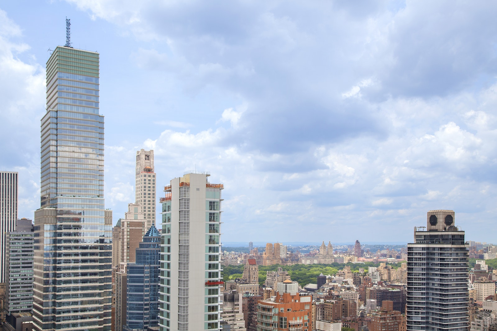303 East 57th Street, Midtown East, NYC, 10022, $300,000, Sold Property, Halstead Real Estate, Photo 2