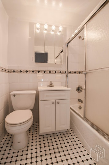 York Avenue, Upper East Side, NYC, 10128, Price Not Disclosed, Rented Property, Halstead Real Estate, Photo 5