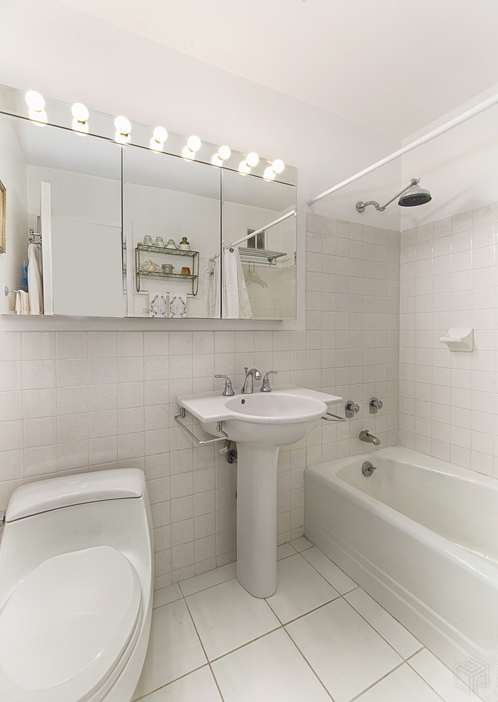201 East 79th Street 18h, Upper East Side, NYC, 10075, $765,000, Property For Sale, Halstead Real Estate, Photo 3