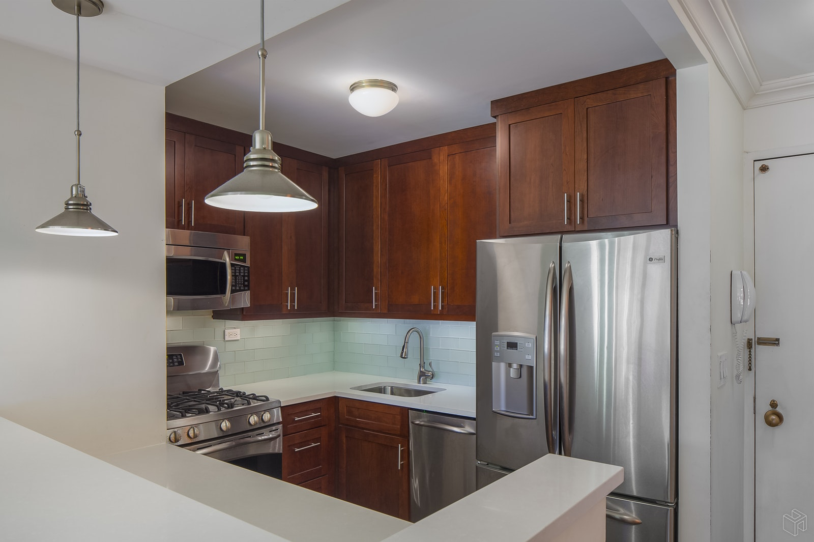340 East 93rd Street 7k, Upper East Side, NYC, 10128, $654,500, Sold Property, Halstead Real Estate, Photo 2
