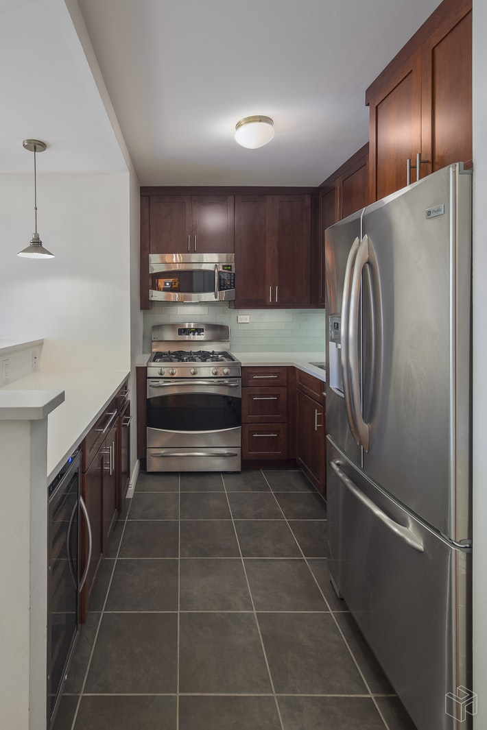 340 East 93rd Street 7k, Upper East Side, NYC, 10128, $654,500, Sold Property, Halstead Real Estate, Photo 5