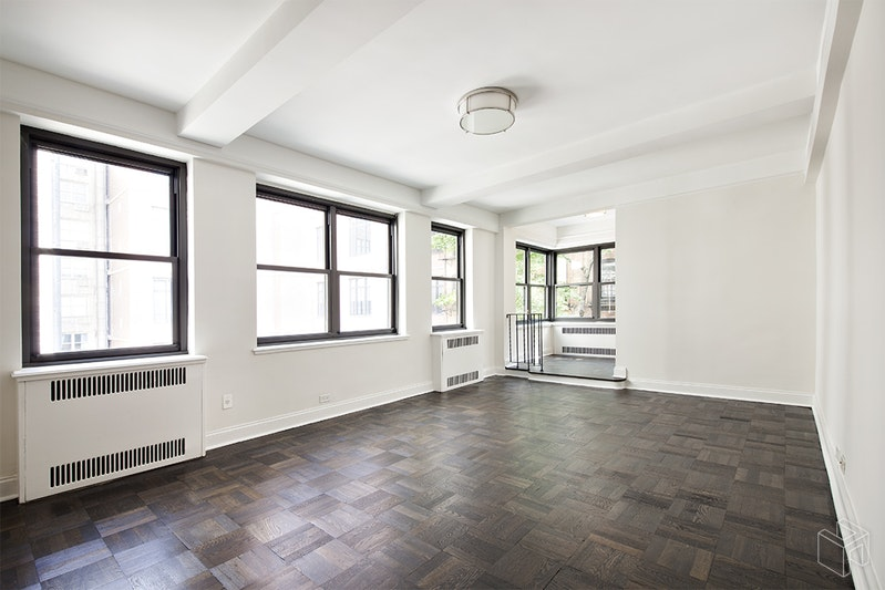 340 East 52nd Street 2h, Midtown East, NYC, 10022, $3,400, Rented Property, Halstead Real Estate, Photo 1