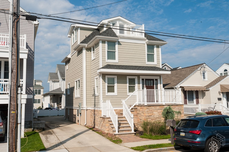 110 North 35th Avenue, Longport, New Jersey, 08403, $869,900, Sold Property, Halstead Real Estate, Photo 2