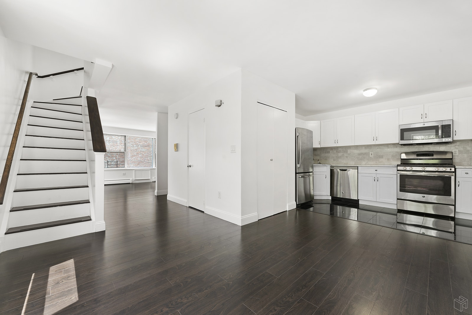 H-U-G-E 3 Br W/ Ultra Low CC'S & Taxes, Upper Manhattan, NYC, 10030, $1,249,000, Property For Sale, Halstead Real Estate, Photo 2