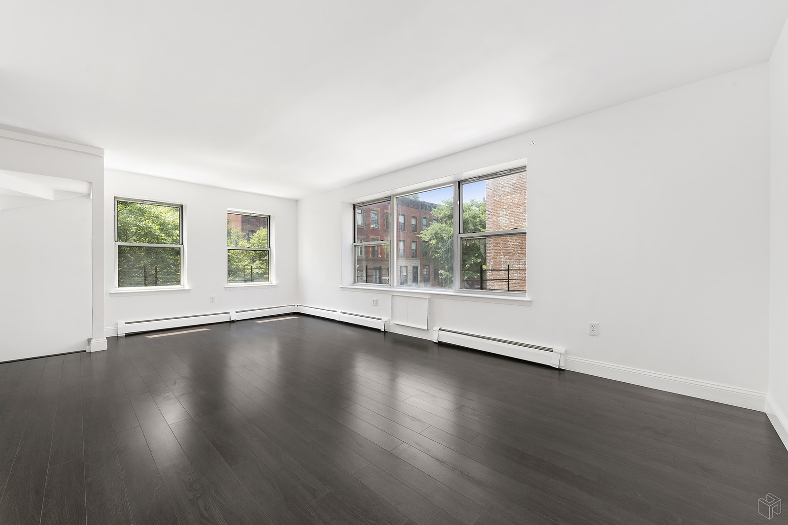 H-U-G-E 3 Br W/ Ultra Low CC'S & Taxes, Upper Manhattan, NYC, 10030, $1,249,000, Property For Sale, Halstead Real Estate, Photo 4