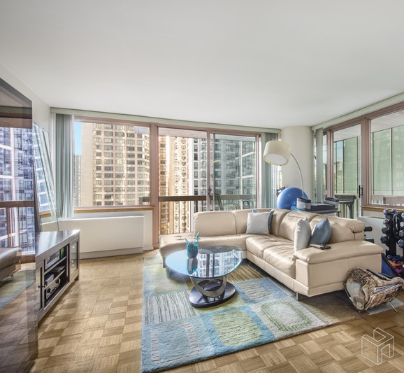 235 East 40th Street 9B, Midtown East, NYC, $3,500, Web #: 18930041