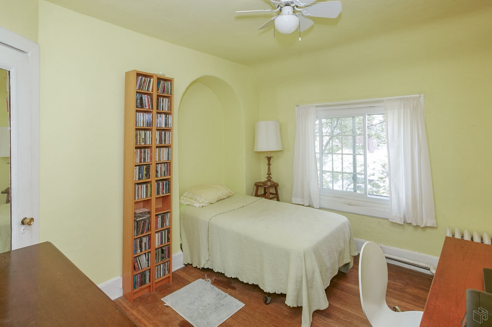 111 -18 75th Avenue, Forest Hills, Queens, NY, 11375, $1,395,000, Sold Property, Halstead Real Estate, Photo 8