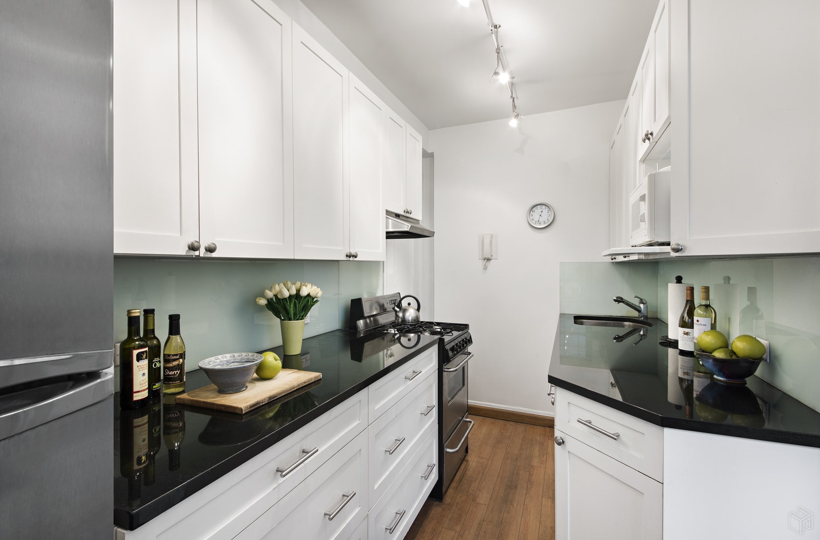240 East 79th Street D, Upper East Side, NYC, $485,000, Web #: 18946752