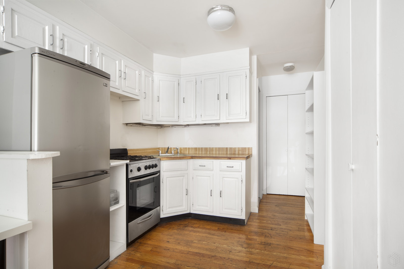 123 West 78th Street, Upper West Side, NYC, $2,000, Web #: 18950213
