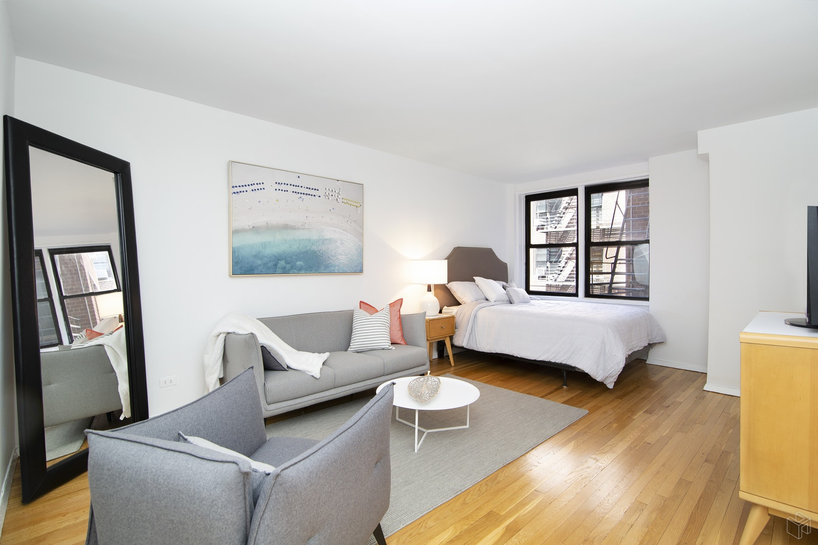 30 East 9th Street 3gg, Greenwich Village, NYC, 10003, $442,500, Sold Property, Halstead Real Estate, Photo 2