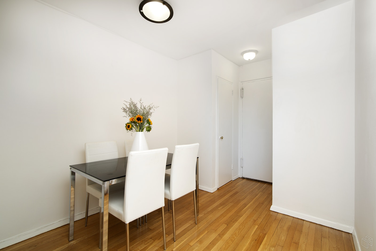 30 East 9th Street 3gg, Greenwich Village, NYC, 10003, $442,500, Sold Property, Halstead Real Estate, Photo 3