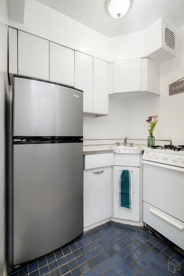30 East 9th Street 3gg, Greenwich Village, NYC, 10003, $442,500, Sold Property, Halstead Real Estate, Photo 6