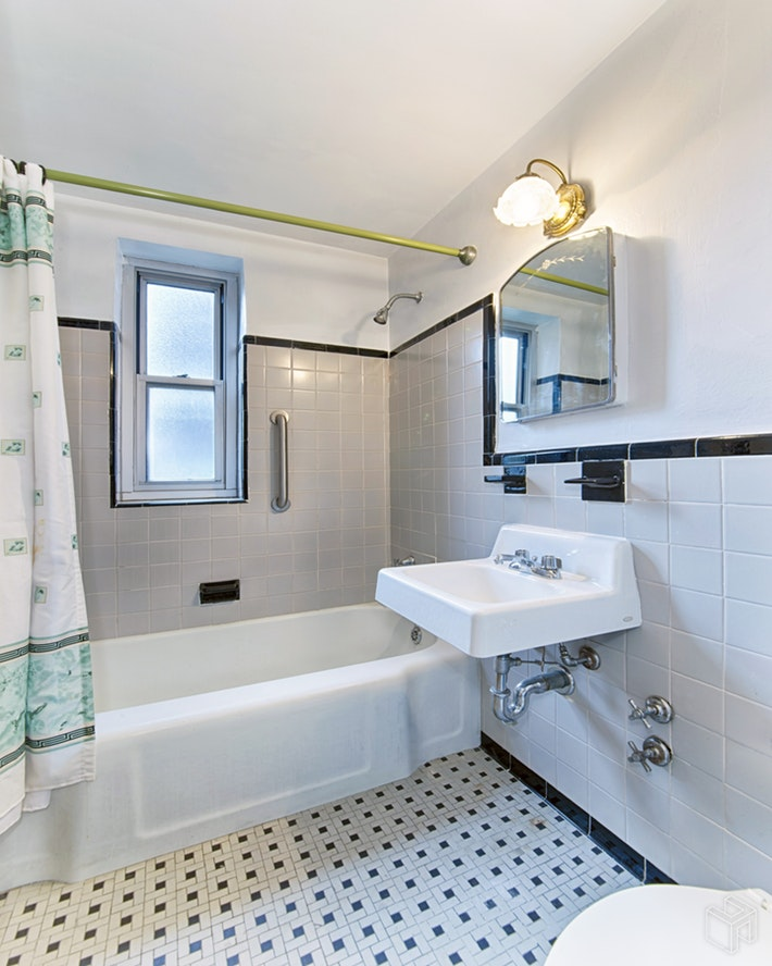 550 Grand Street, Lower East Side, NYC, 10002, $740,000, Sold Property, Halstead Real Estate, Photo 6