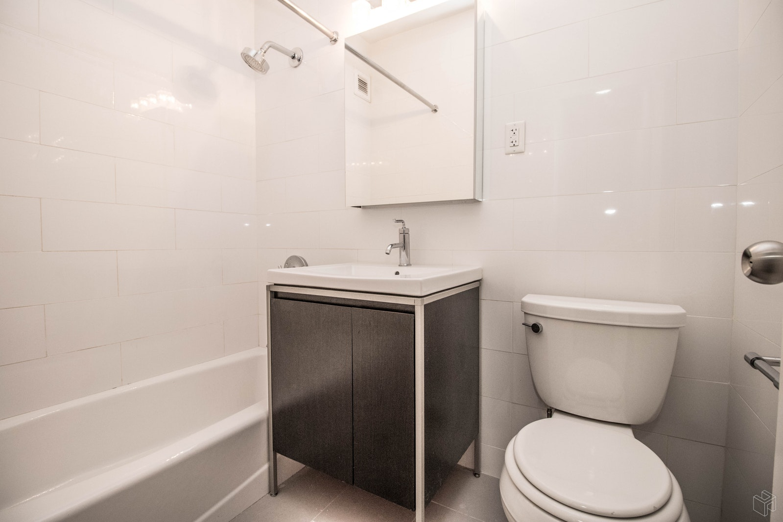 4 Park Avenue 5f, Midtown East, NYC, 10016, Price Not Disclosed, Rented Property, Halstead Real Estate, Photo 6