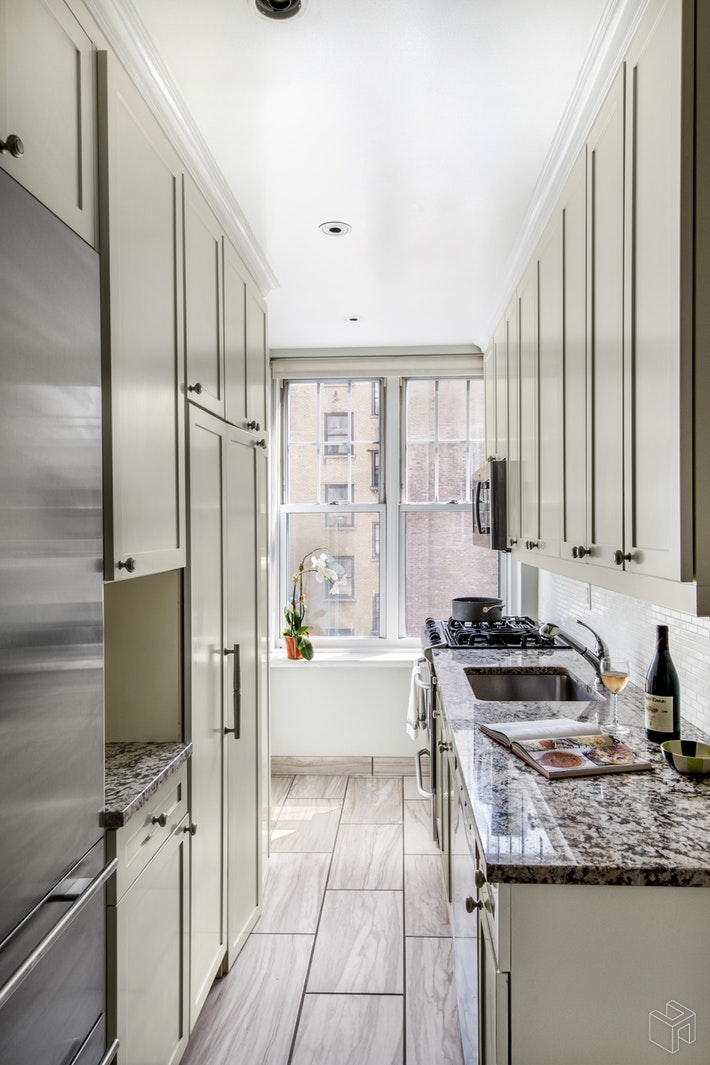 310 West End Avenue 7D, Upper West Side, NYC, $970,000, Web #: 19030408