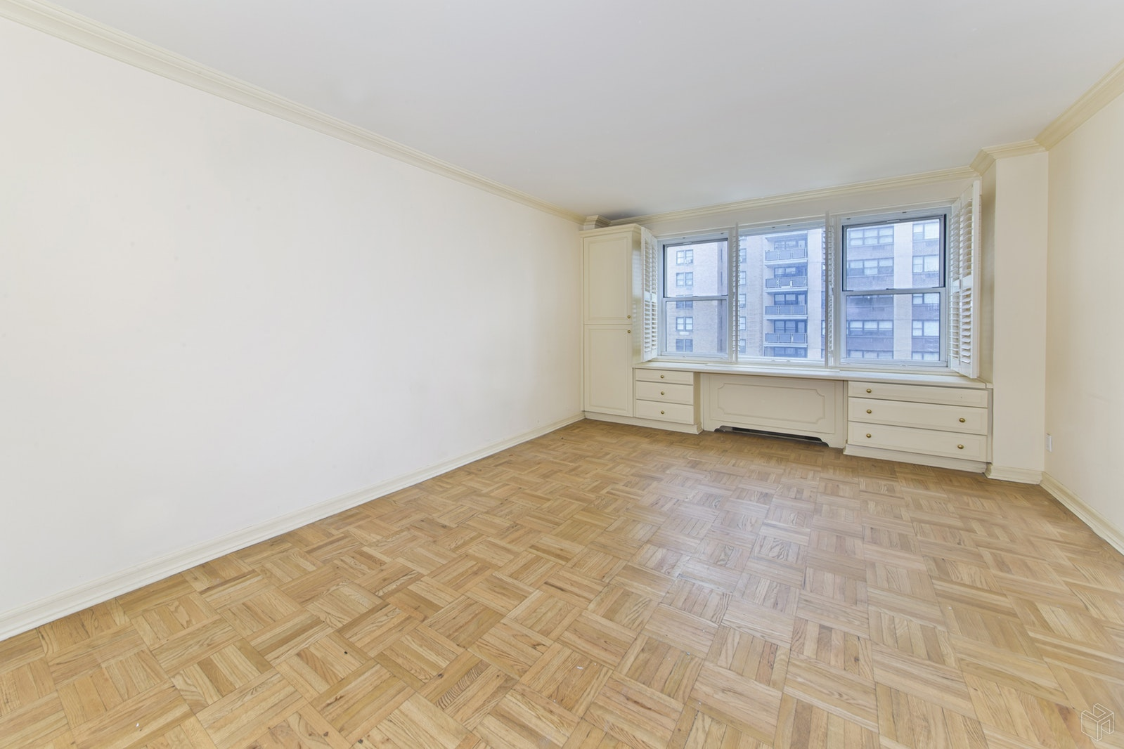 201 East 79th Street 8f, Upper East Side, NYC, 10075, $1,395,000, Sold Property, Halstead Real Estate, Photo 4