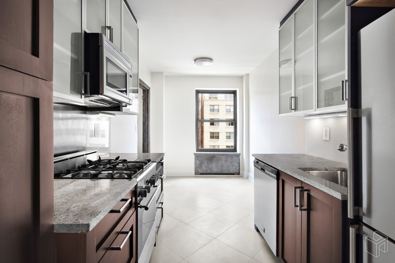 56 Seventh Avenue 7l, West Village, NYC, 10011, $3,800, Rented Property, Halstead Real Estate, Photo 3