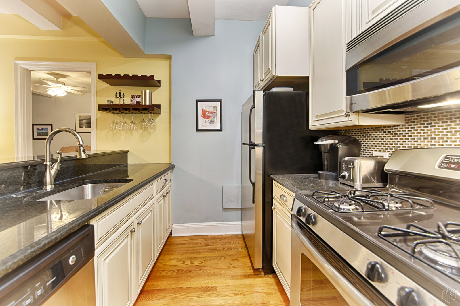 40 West 72nd Street 34, Upper West Side, NYC, 10023, $590,000, Sold Property, Halstead Real Estate, Photo 2