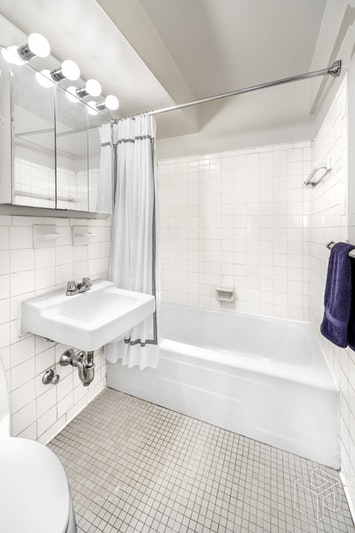 240 East 55th Street 6d, Midtown East, NYC, 10022, Price Not Disclosed, Rented Property, Halstead Real Estate, Photo 5