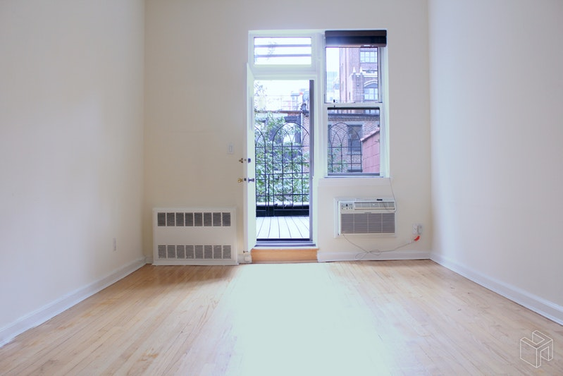 150 West 74th Street 3b, Upper West Side, NYC, 10023, $2,750, Rented Property, Halstead Real Estate, Photo 3
