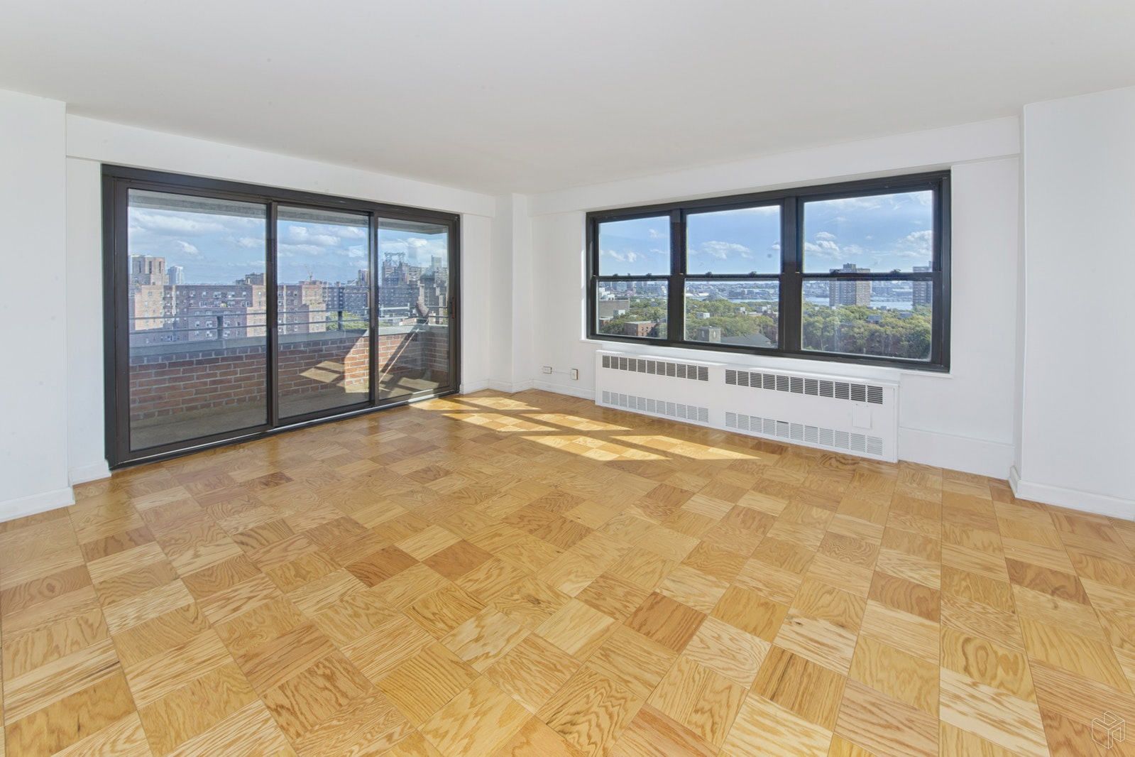 268 East Broadway, Lower East Side, NYC, $1,200,000, Web #: 19082011