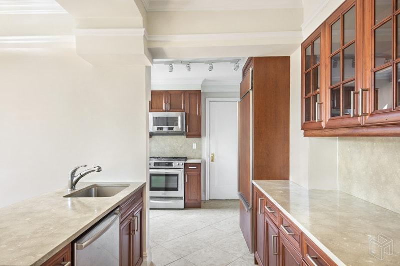 98 Riverside Drive 17f, Upper West Side, NYC, 10024, Price Not Disclosed, Rented Property, Halstead Real Estate, Photo 2