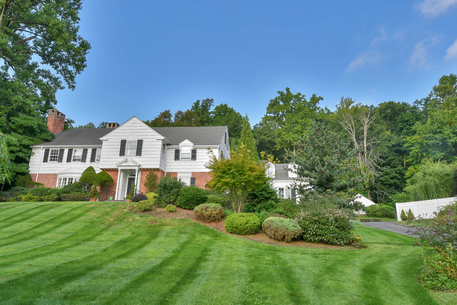 288 Upper Avenue Mountain, Montclair, New Jersey, 07043, $1,629,000, Sold Property, Halstead Real Estate, Photo 2
