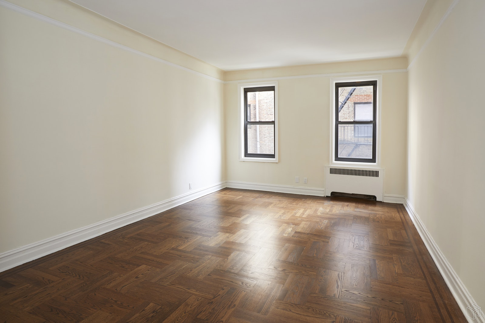 71 Ocean Parkway 2a, Prospect Park, Brooklyn, NY, 11218, $529,000, Sold Property, Halstead Real Estate, Photo 2