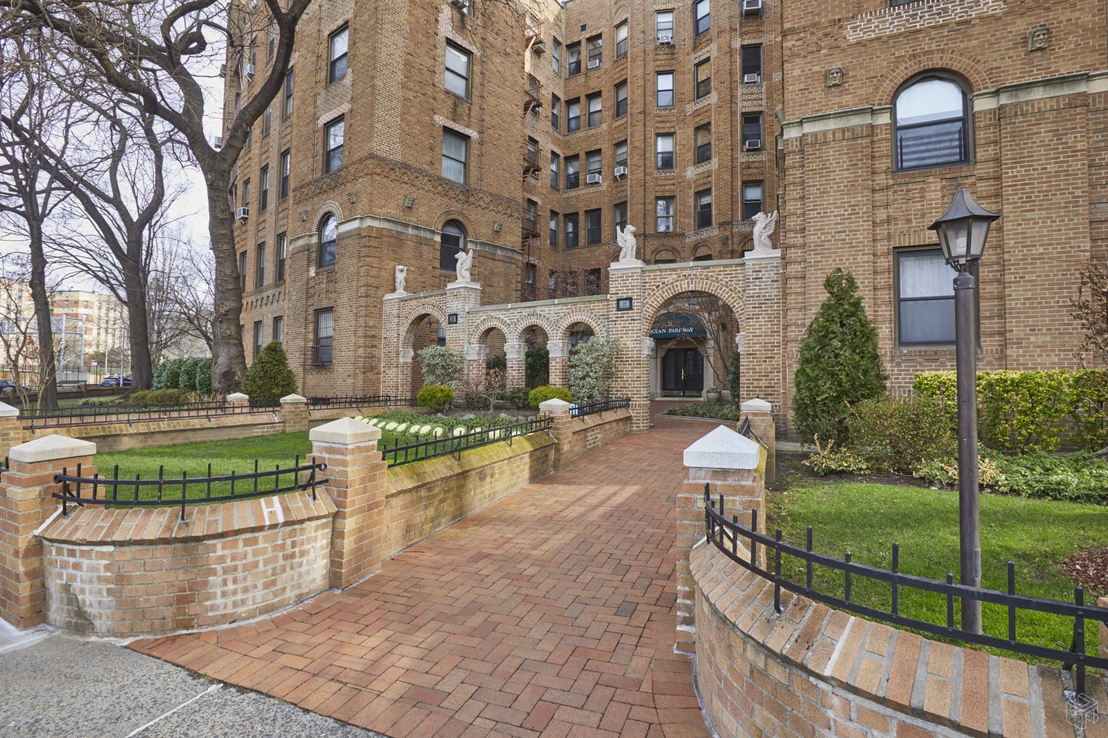 71 Ocean Parkway 2a, Prospect Park, Brooklyn, NY, 11218, $529,000, Sold Property, Halstead Real Estate, Photo 8