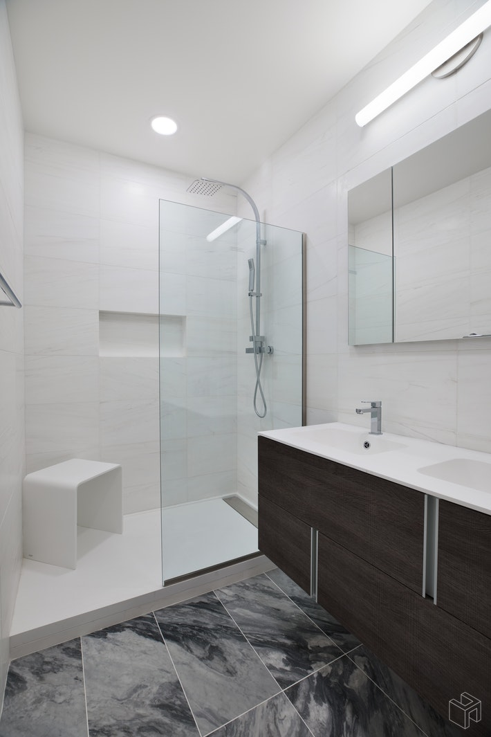 303 East 43rd Street 7b, Midtown East, NYC, 10017, $1,850,000, Property For Sale, Halstead Real Estate, Photo 7