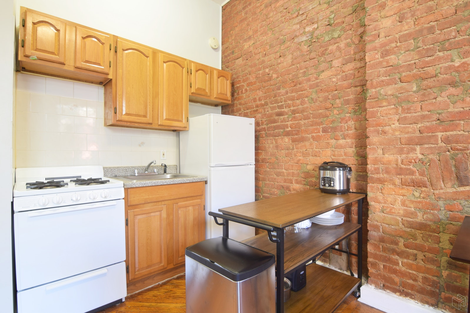 217 Saint Johns Place, Park Slope, Brooklyn, NY, 11217, $2,300, Rented Property, Halstead Real Estate, Photo 2