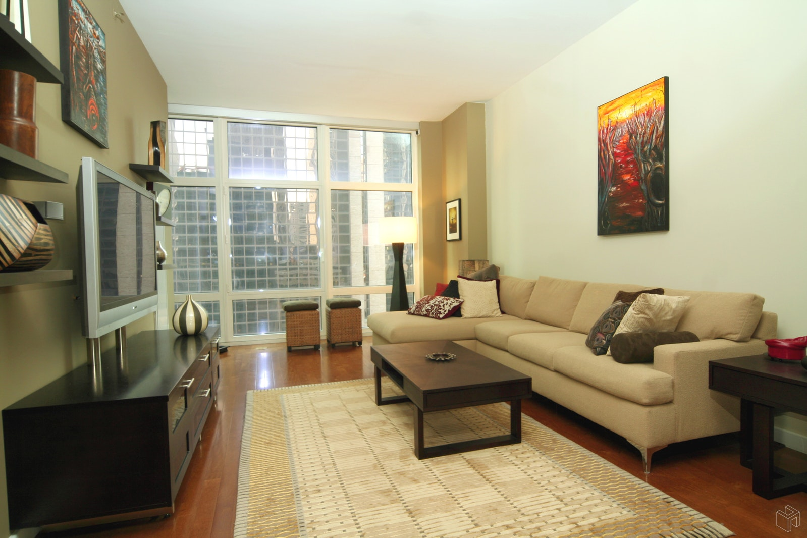 1600 Broadway Ph1b, Midtown West, NYC, $5,000, Web #: 19195227
