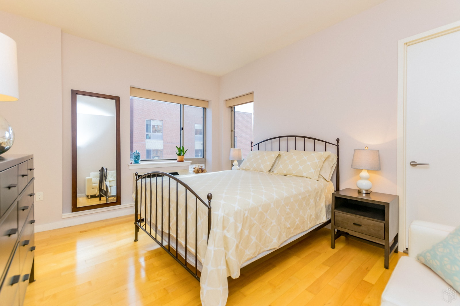 460 West 236th Street W4a, Riverdale, New York, 10463, $680,000, Sold Property, Halstead Real Estate, Photo 7