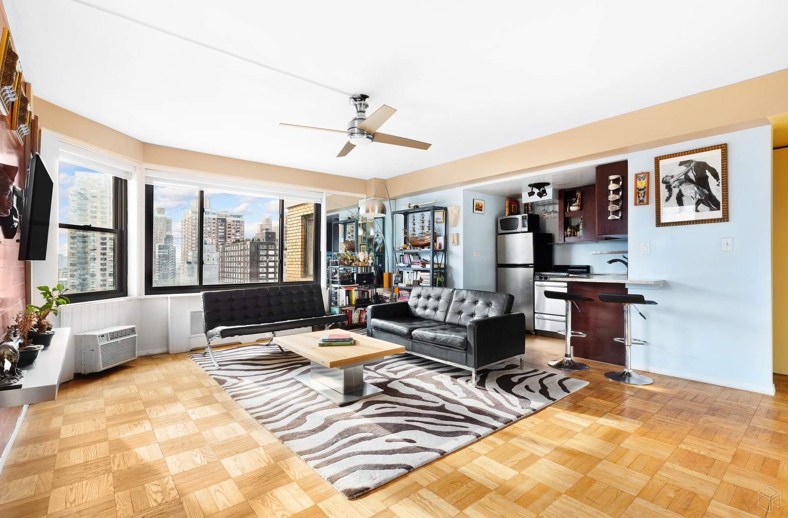 200 East 36th Street 17g, Murray Hill Kips Bay, NYC, 10016, $579,000, Property For Sale, Halstead Real Estate, Photo 1