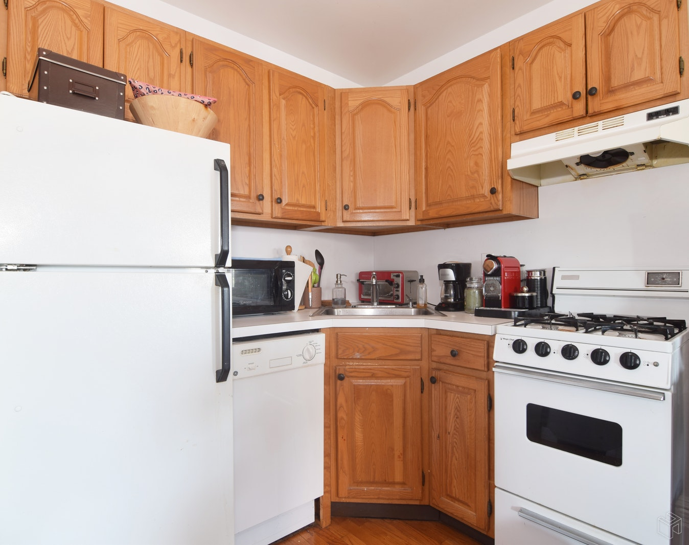 154 8th Avenue, Park Slope, Brooklyn, NY, 11215, Price Not Disclosed, Rented Property, Halstead Real Estate, Photo 3