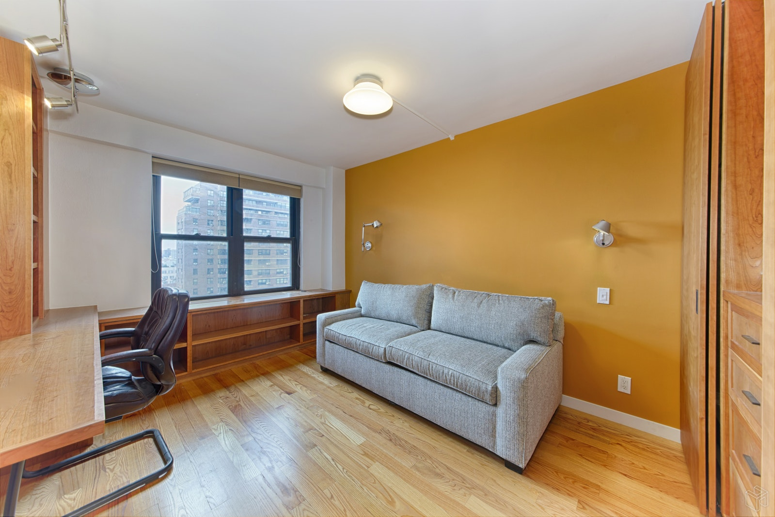 208 East Broadway, Lower East Side, NYC, 10002, $1,100,000, Sold Property, Halstead Real Estate, Photo 5