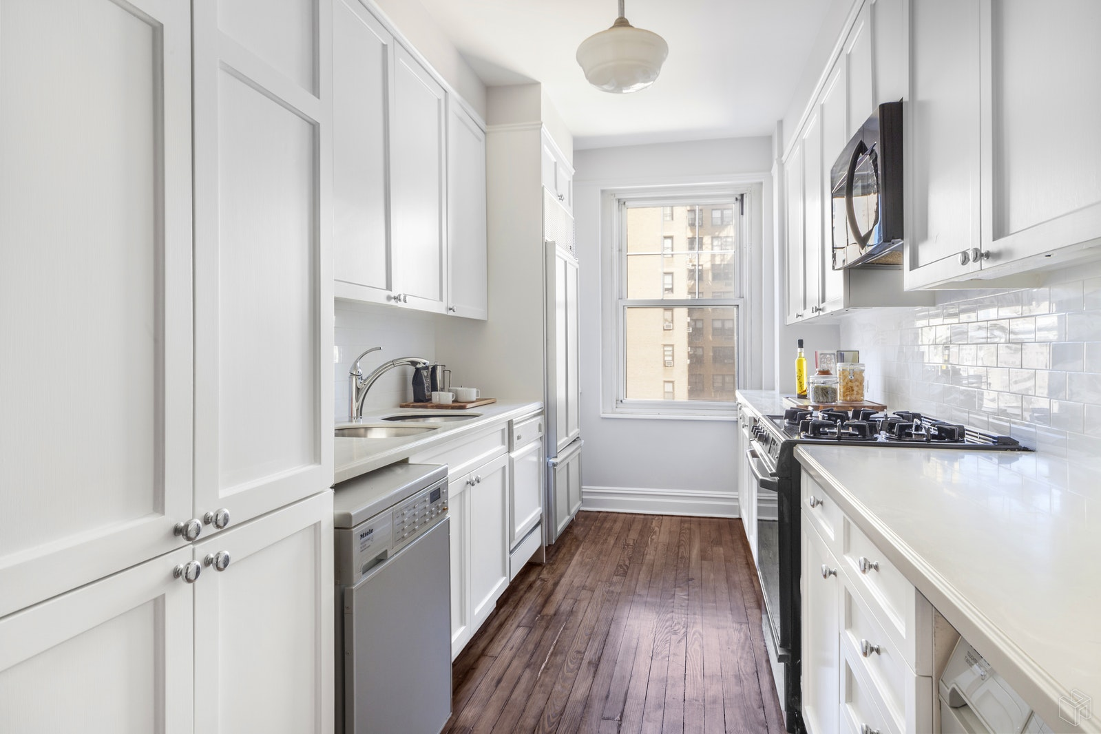 450 West End Avenue 11a, Upper West Side, NYC, 10024, $3,750,000, Sold Property, Halstead Real Estate, Photo 9