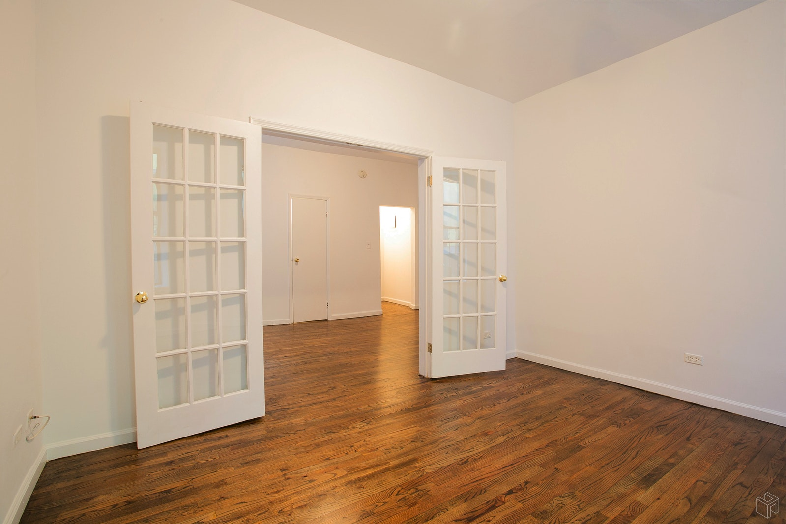 203 West 94th Street 2C, Upper West Side, NYC, $3,300, Web #: 19408135