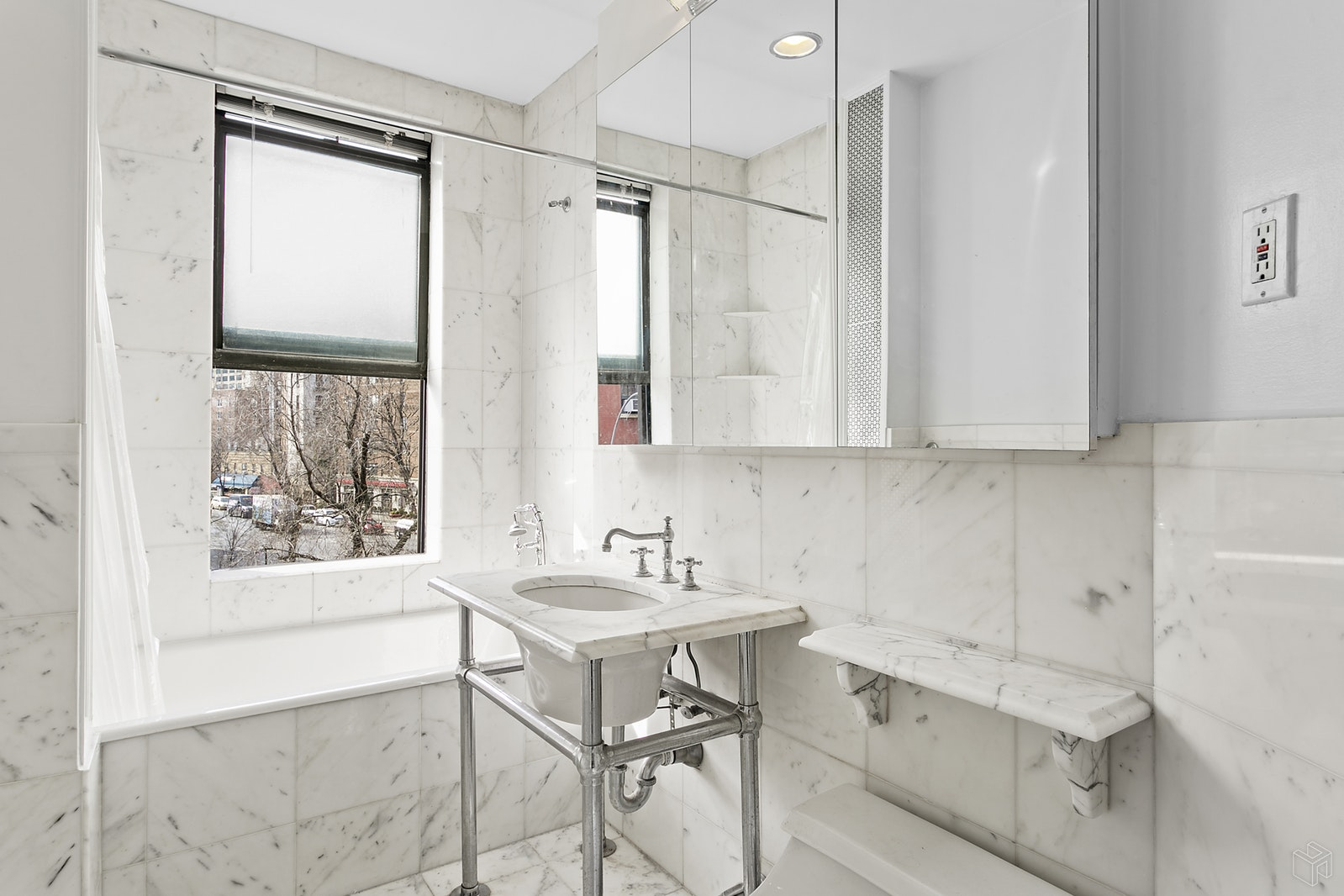 1 Minetta Street 3d, Greenwich Village, NYC, 10012, $5,000, Rented Property, Halstead Real Estate, Photo 7