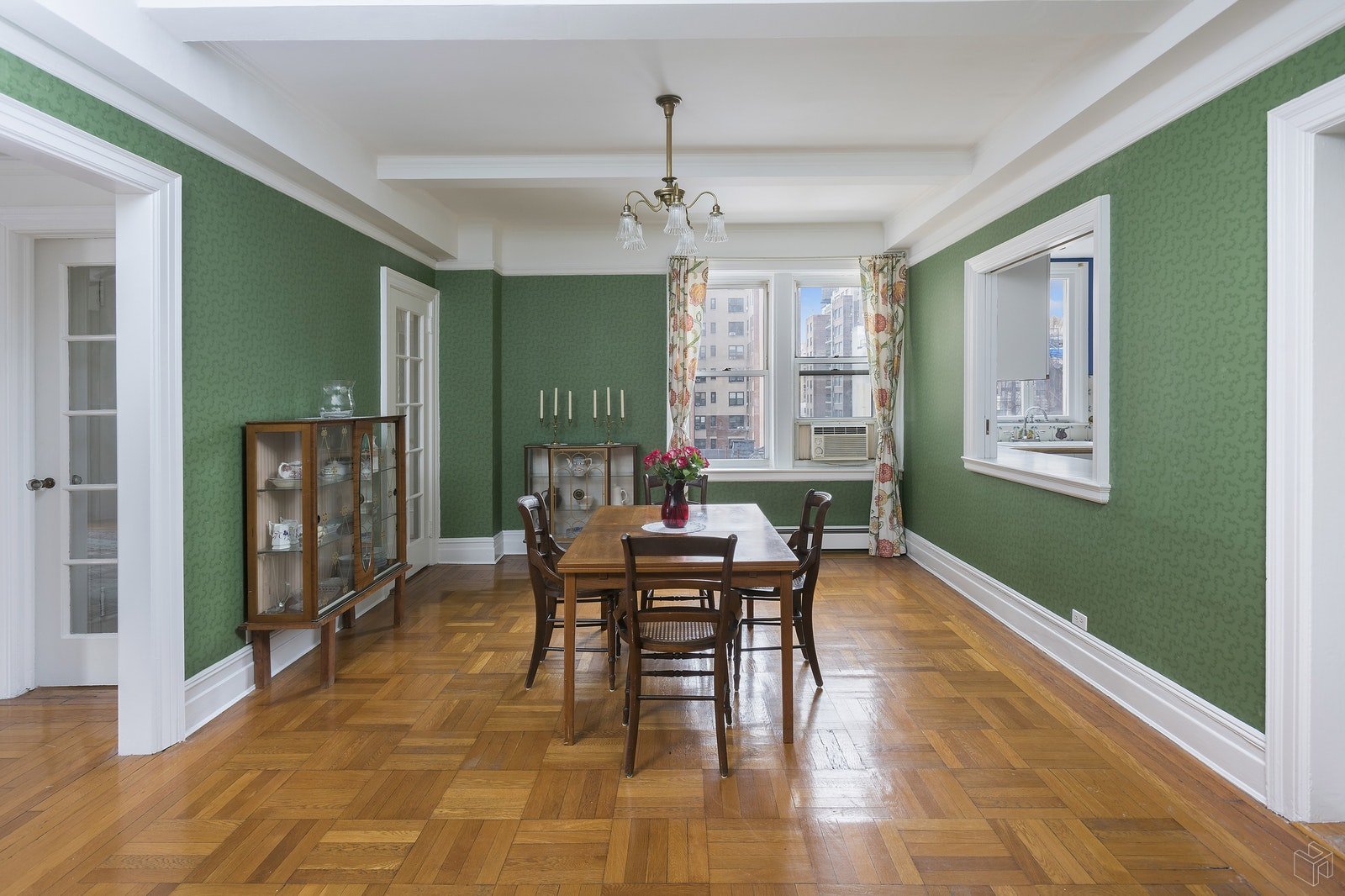 59 West 71st Street 8a, Upper West Side, NYC, 10023, $2,200,000, Sold Property, Halstead Real Estate, Photo 2