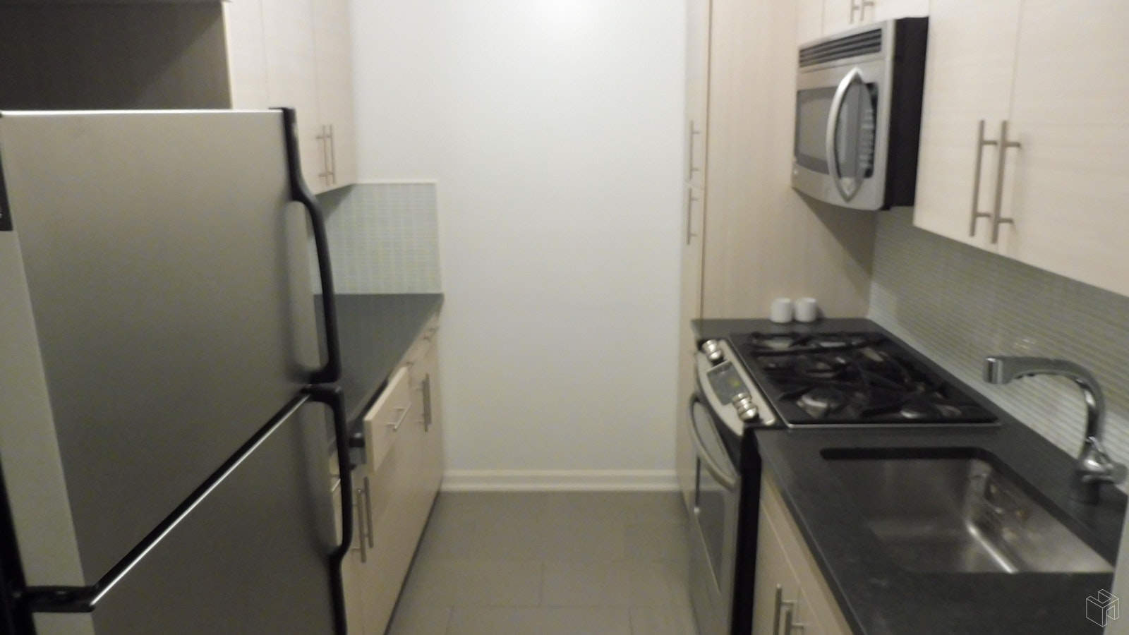 East 84th Street, Upper East Side, NYC, 10028, Price Not Disclosed, Rented Property, Halstead Real Estate, Photo 5