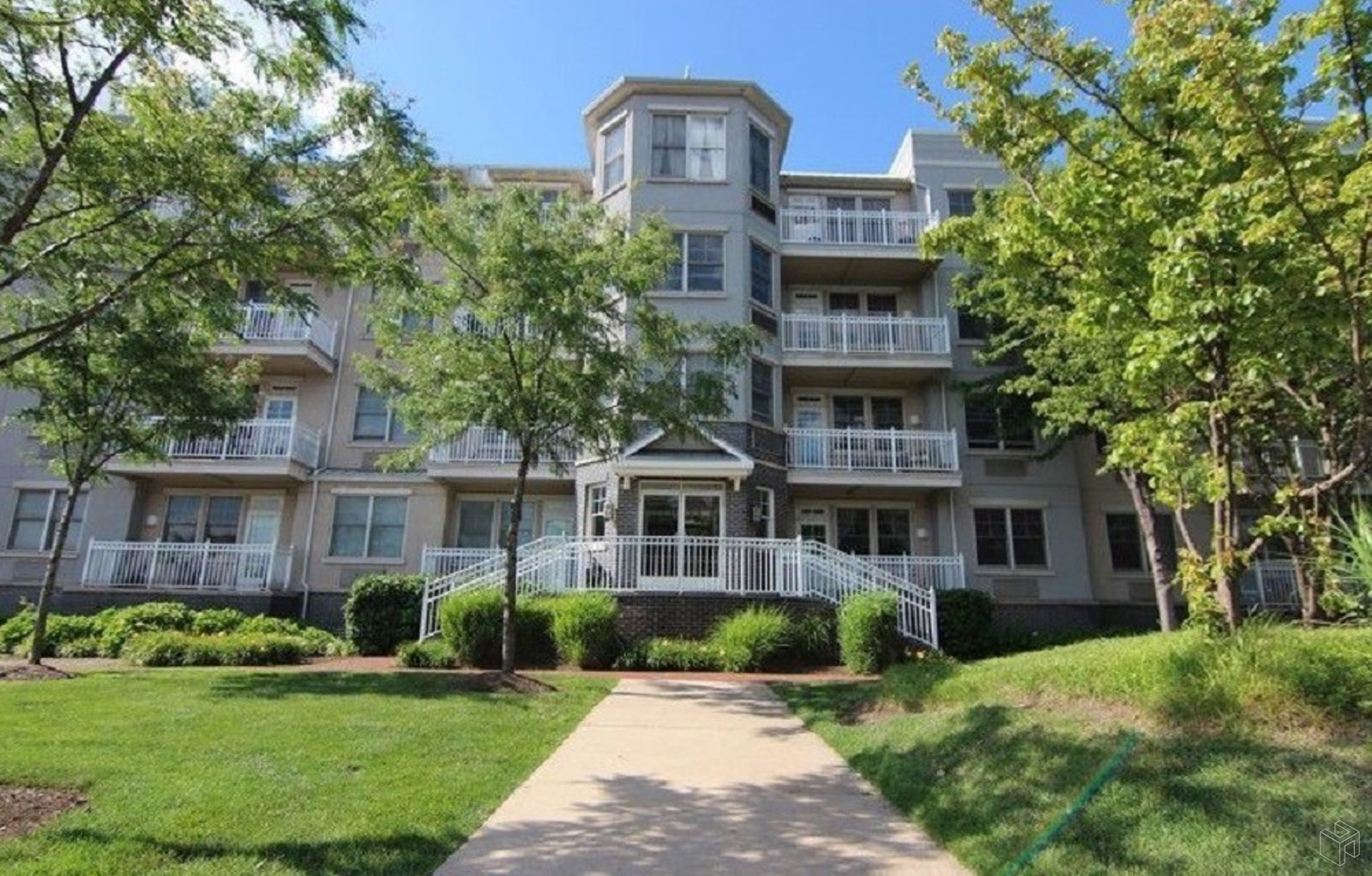 4 Constellation Place, Jersey City, New Jersey, 07305, $416,900, Sold Property, Halstead Real Estate, Photo 1