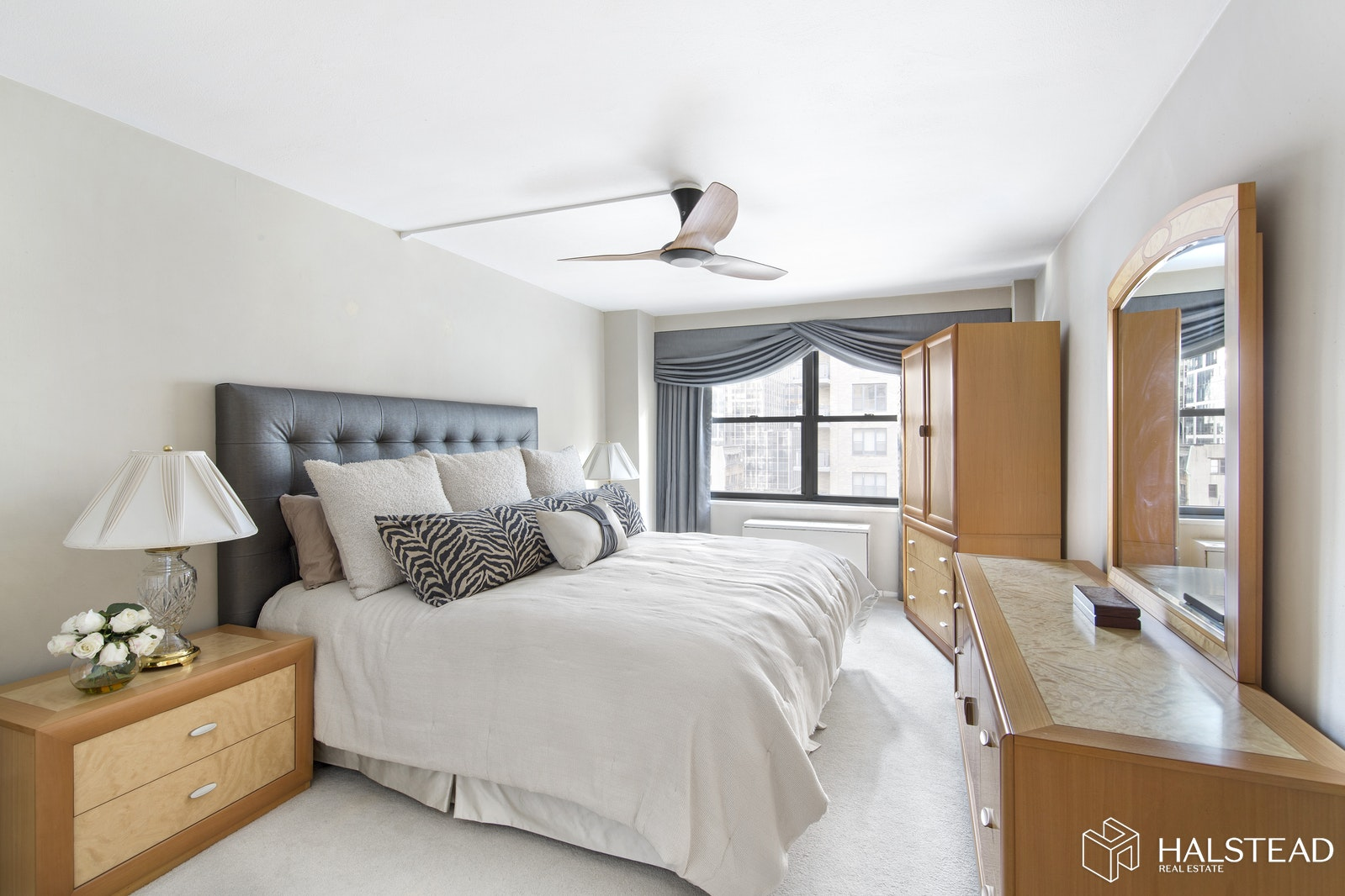 305 East 40th Street 8h, Midtown East, NYC, 10016, $635,000, Property For Sale, Halstead Real Estate, Photo 1