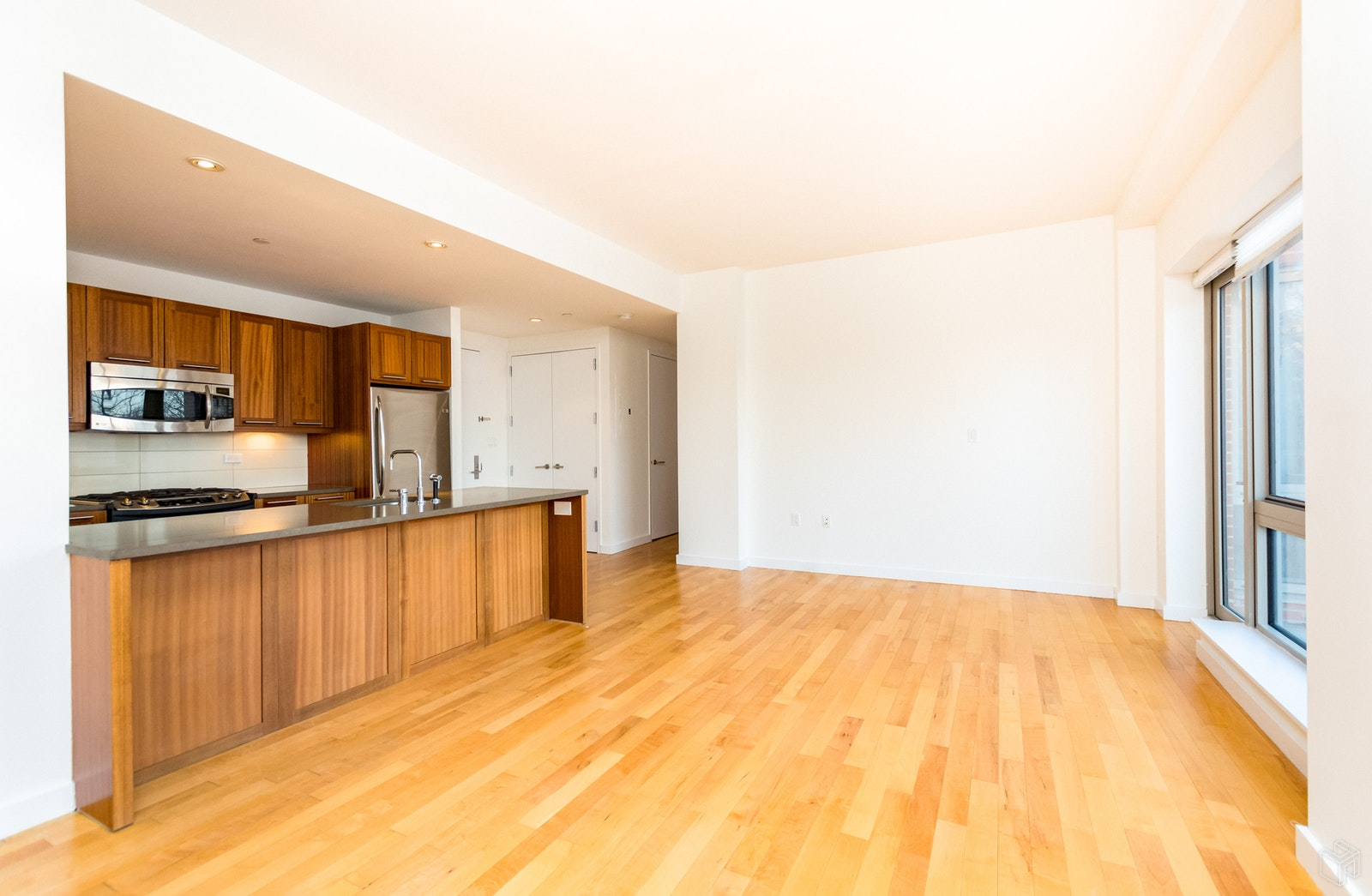 3585 Greystone Avenue E4b, Riverdale, New York, 10463, Price Not Disclosed, Rented Property, Halstead Real Estate, Photo 4