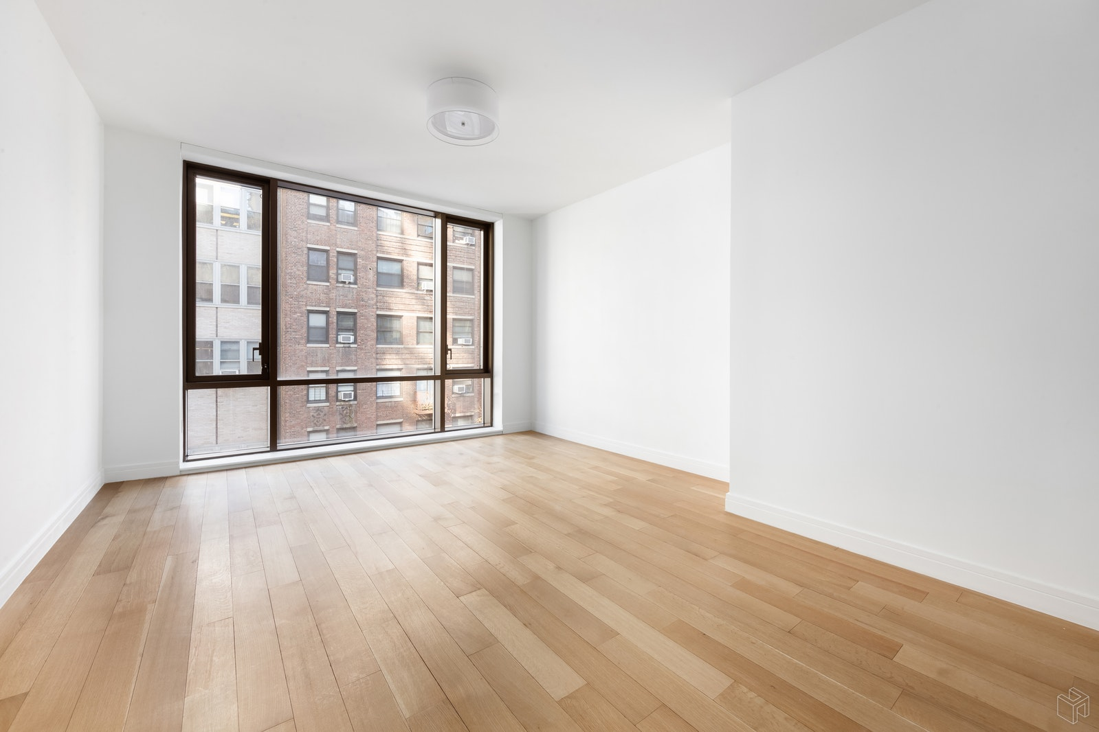 230 East 20th Street 52, Gramercy Park, NYC, $5,250, Web #: 19458946