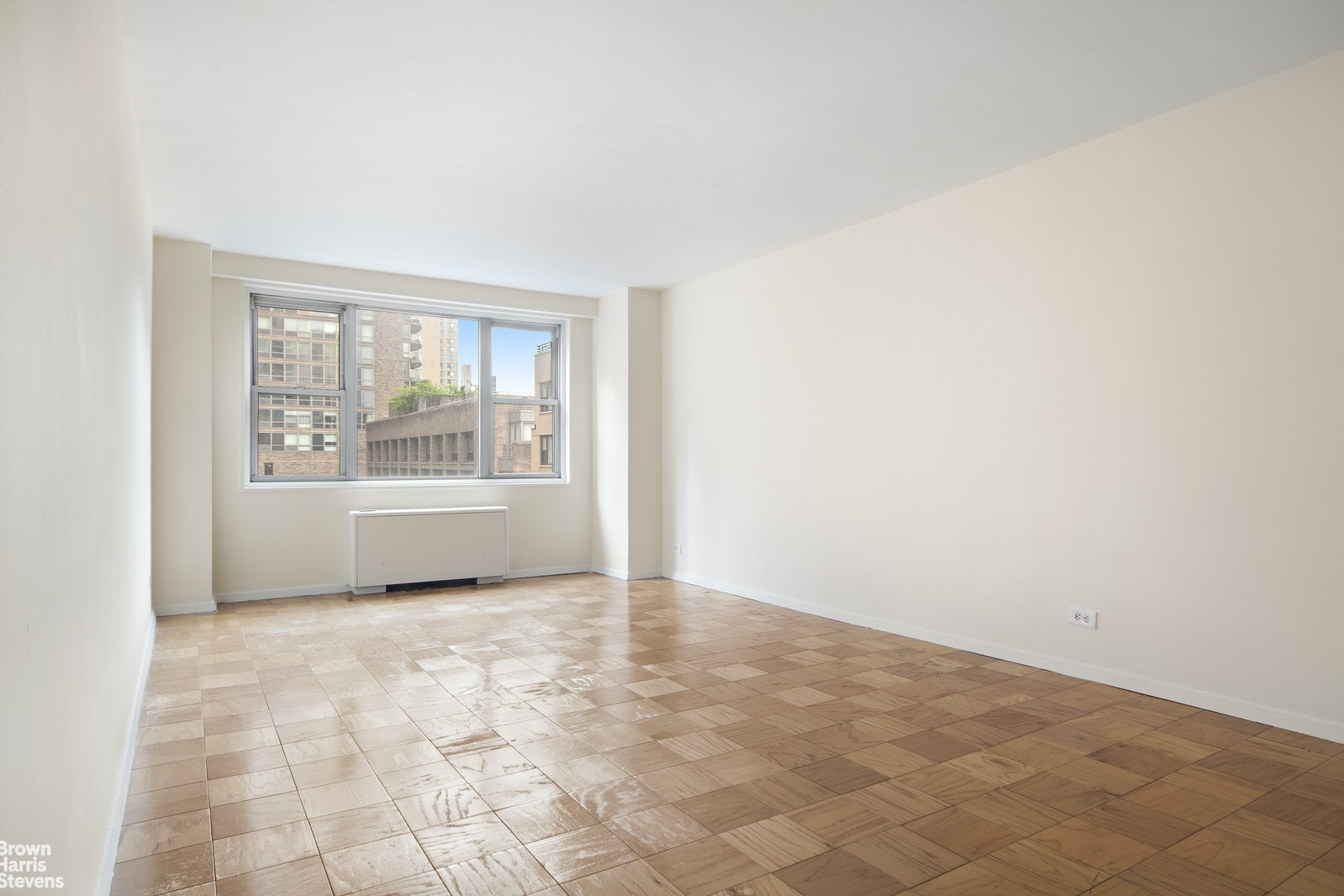 165 West 66th Street 11k, Upper West Side, NYC, 10023, $639,000, Property For Sale, Halstead Real Estate, Photo 4