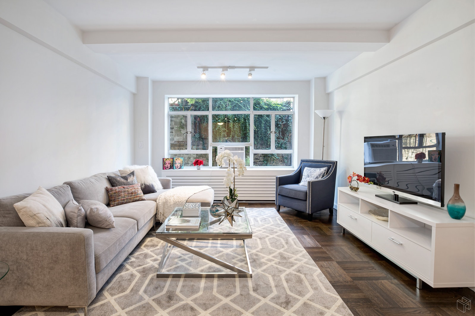 15 West 84th Street 1h, Upper West Side, NYC, 10024, $1,125,000, Property For Sale, Halstead Real Estate, Photo 1